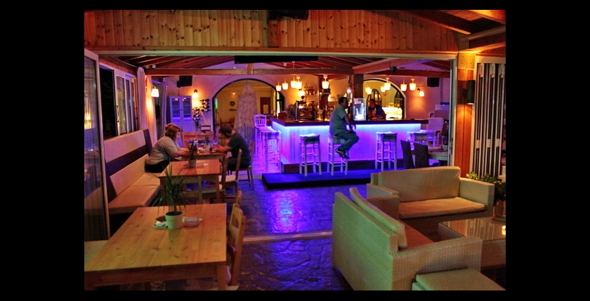 Limani Cafe Bar 8