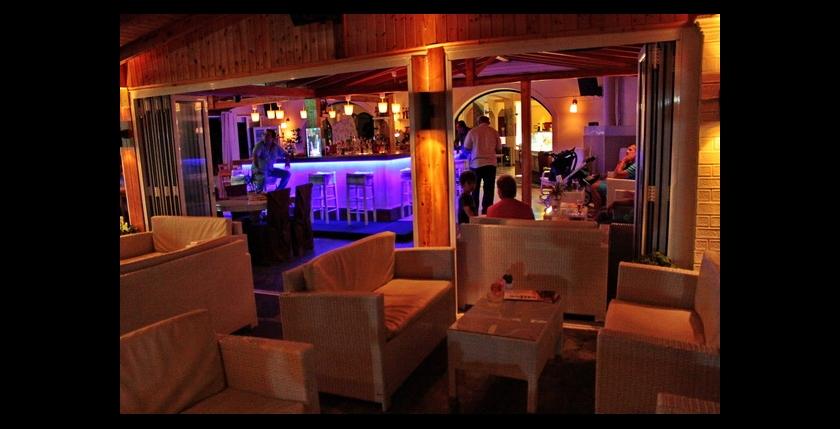 Limani Cafe Bar 11