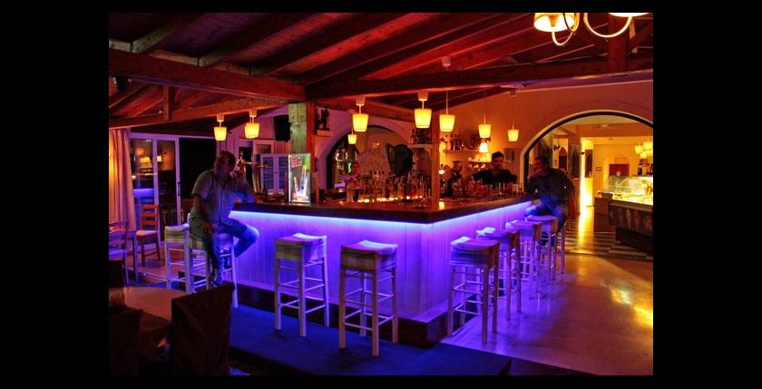 Limani Cafe Bar 6