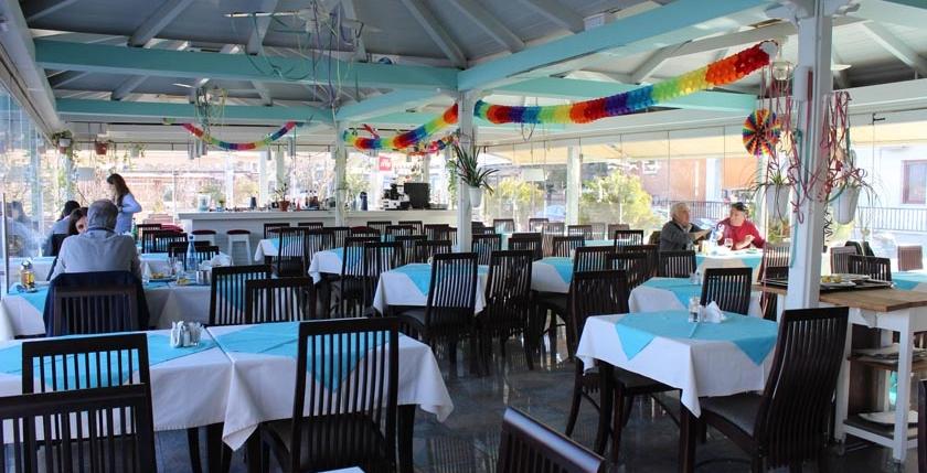 Limni  Restaurant 3