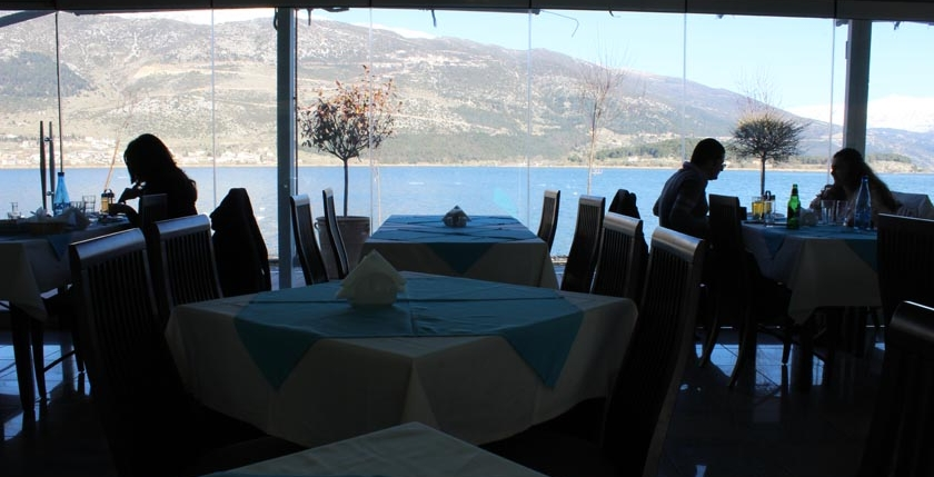 Limni  Restaurant 8