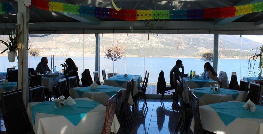 Limni  Restaurant 11