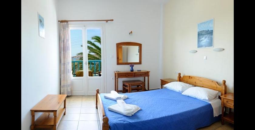 Livadia Hotel 5