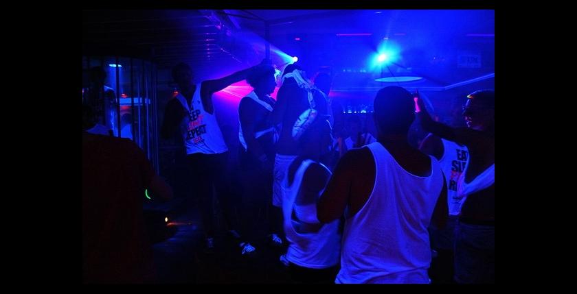 Madison 's Late Bar Club 6
