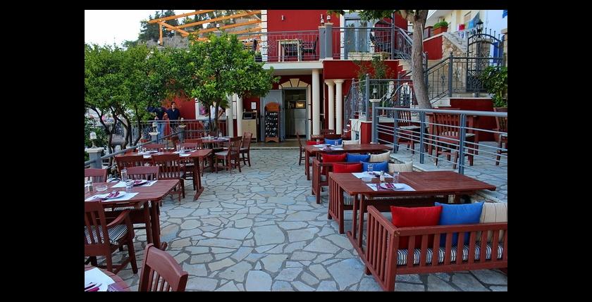 Maistros Restaurant 5