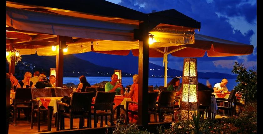 Maria Beach Restaurant 8