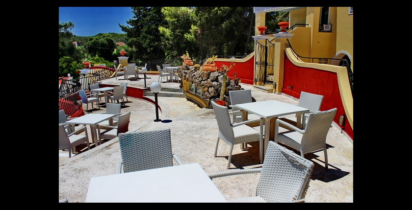 Mediterranean Blue Hotel 3