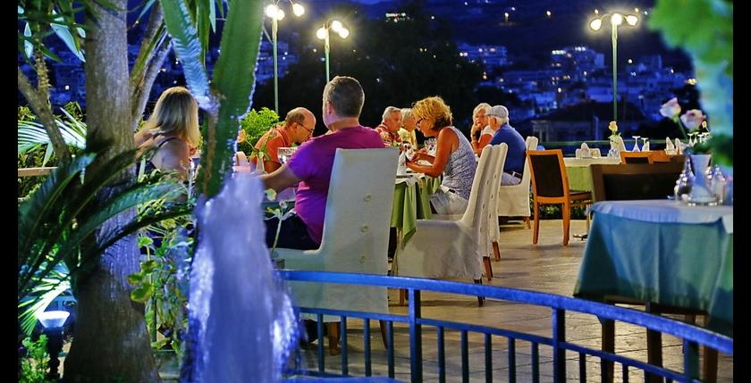 Melina Restaurant 10