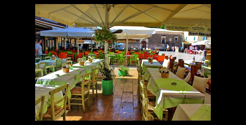 Nautilus Restaurant 6