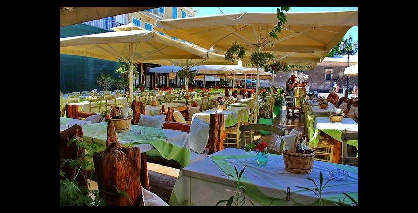 Nautilus Restaurant 8