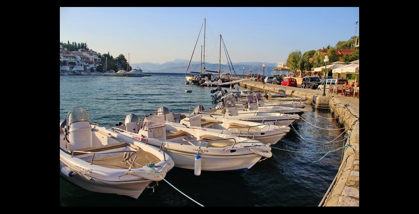 Filippos Boat Hire 4