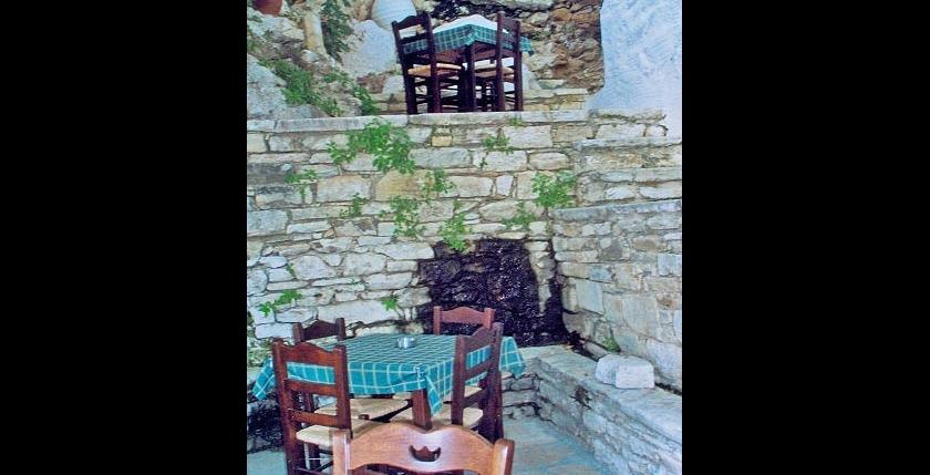 Platanos Tavern 9
