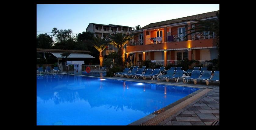 Kavos Plaza Hotel 7