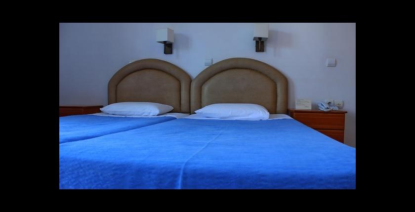 Rezi Hotel 5