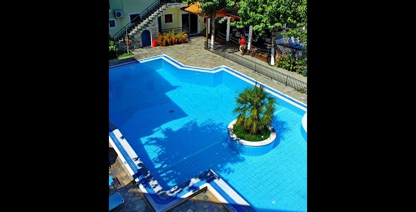 Rezi Hotel 10