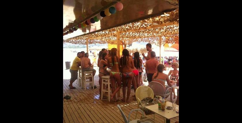 Rio De Paleiro Beach Bar 5