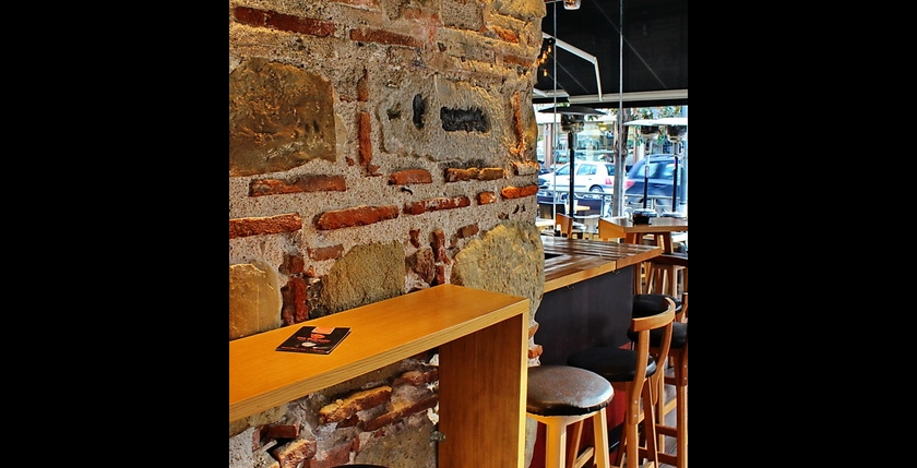 Sinatra Cafe & Wine Bar 4