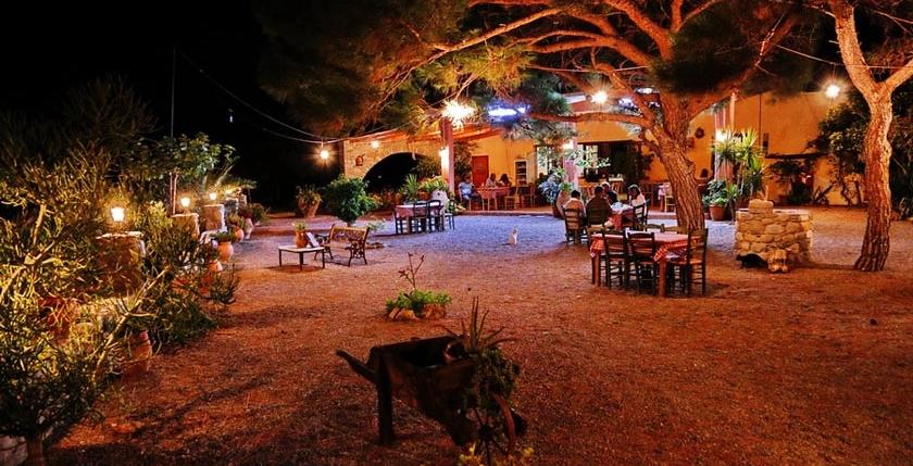 Stomio Taverna 1