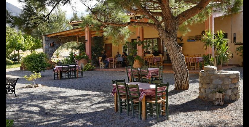 Stomio Taverna 10