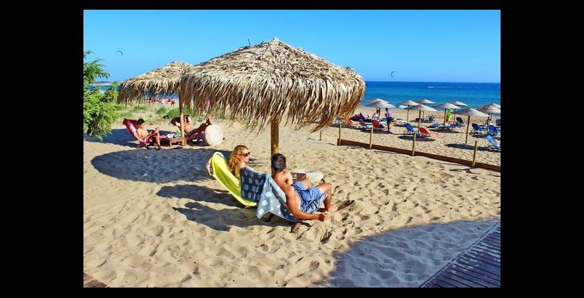 Tayo Beach Bar 10