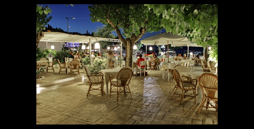 Uncle Simos Restaurant 5