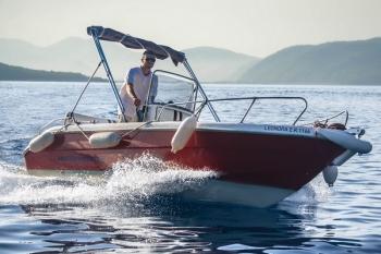 San Stefano Boats