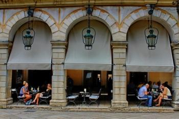 Libro D' Oro Cafe Bar