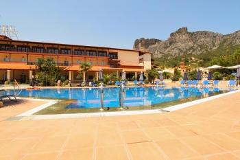 Famissi Eden Resort Hotel