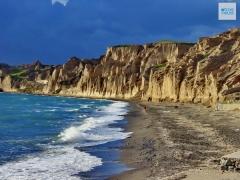 Santorini Vlychada 4