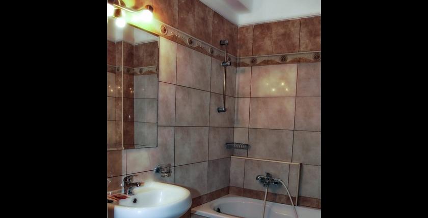 Alexiou Hotel 15