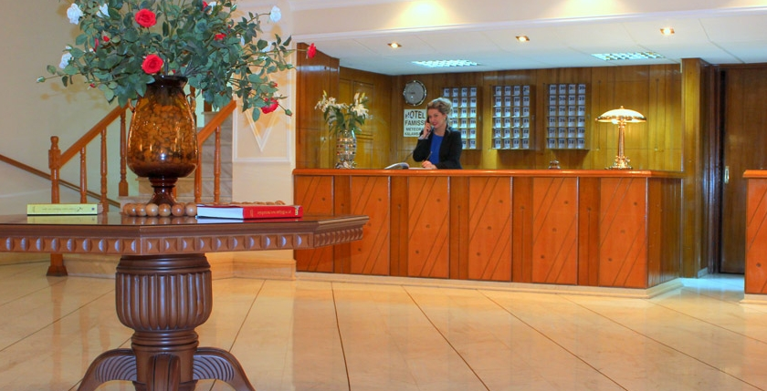 Famissi Hotel 2