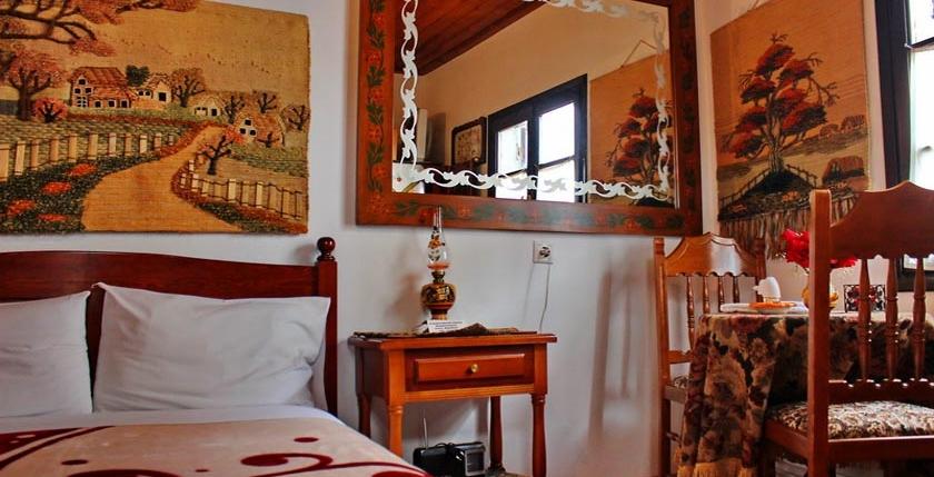 Katsiani Traditional Guesthouse 7