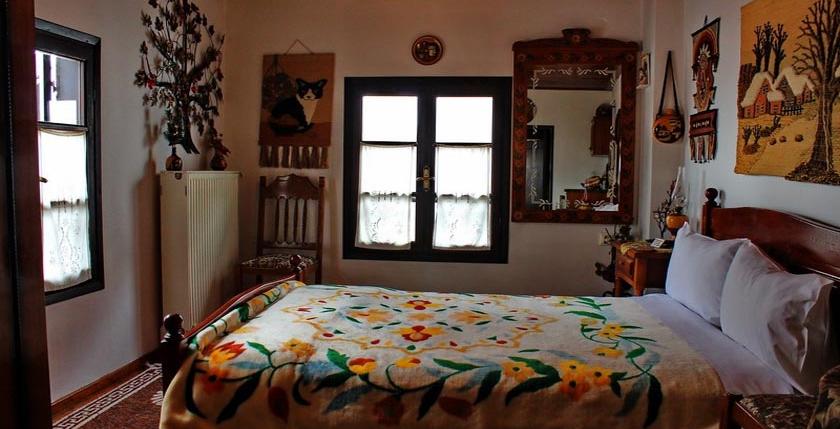 Katsiani Traditional Guesthouse 9