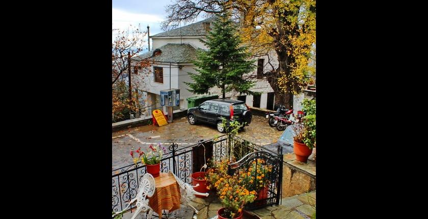 Katsiani Traditional Guesthouse 8