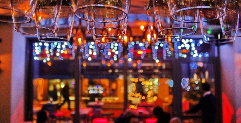 Cruzar Cafe Bar 7