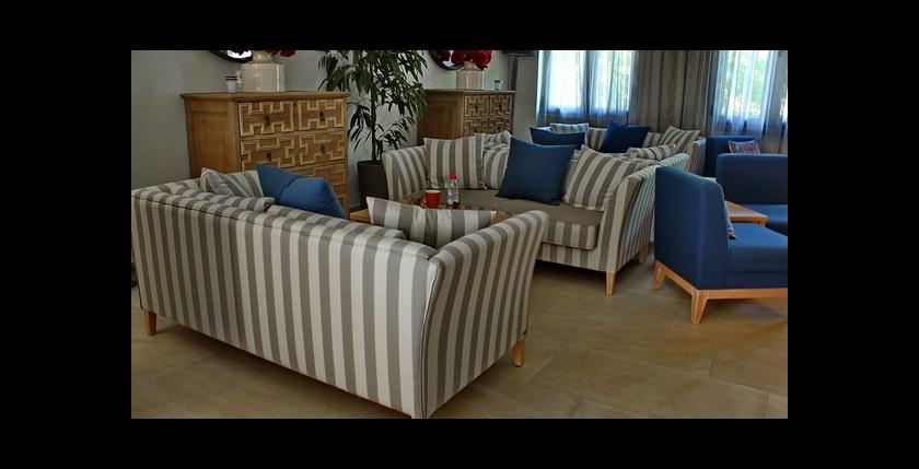 Rezi Hotel 6