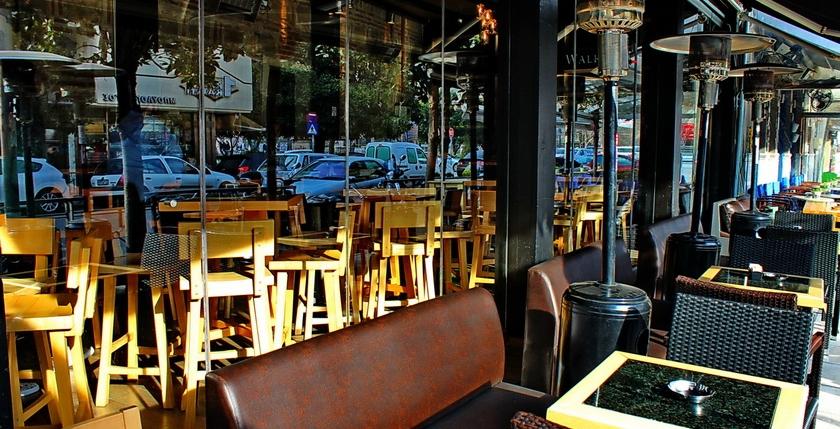 Sinatra Cafe & Wine Bar 16
